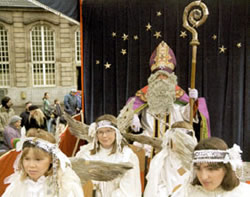 St Nicholas with angel helpers